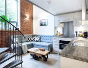 дизайн-кухни-с-диваном-42