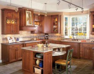 квадратная кухня 13 м