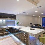 Кухня-студия — планировка, особенности и преимущества