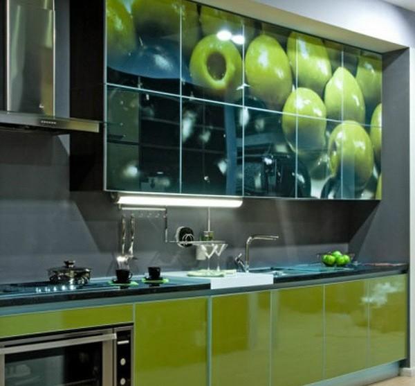 кухня с рисунком на фасаде фото