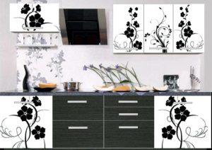 черно-белая фотопечать на кухонном фасаде