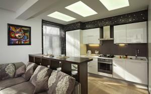меблировка маленькой кухни студии