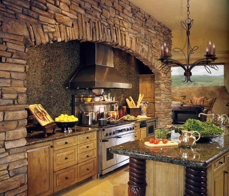 интерьер кухни в колониальном испанском стиле