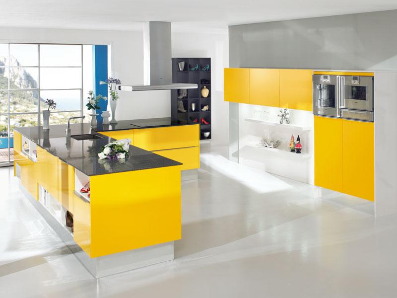 красивые кухни в стиле хайтек