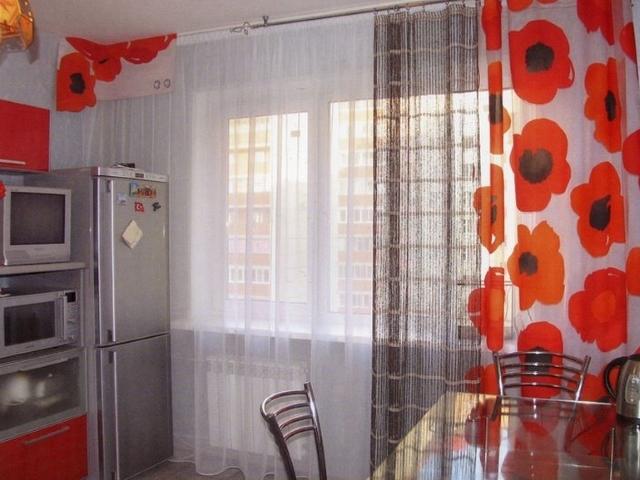 Выбор рисунка для штор на кухне