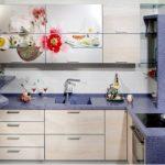 Малогабаритная кухня и мебель – как не загромождать помещение