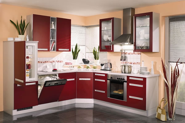 сочетание обоев и кухонного гарнитура фото