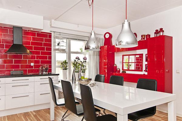 Покупаем мебель для красно белой кухни