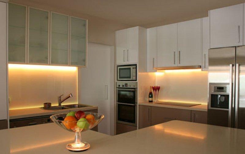 Светодиодное освещение на кухне 8