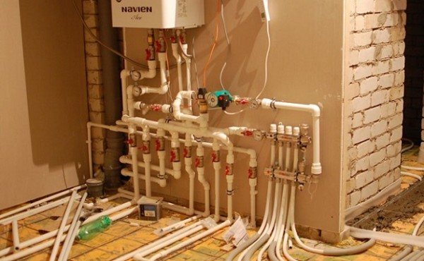 Монтаж системы отопления коттеджей