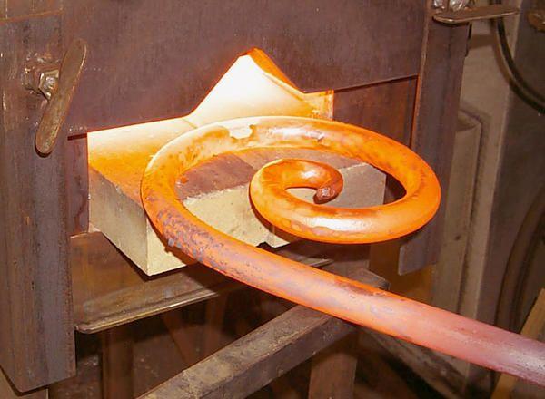 Применение гибки металл: красота технологических решений