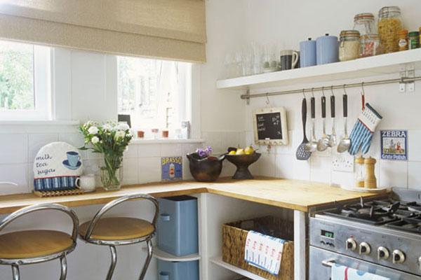 Барная стойка на маленькой кухне – модно и практично