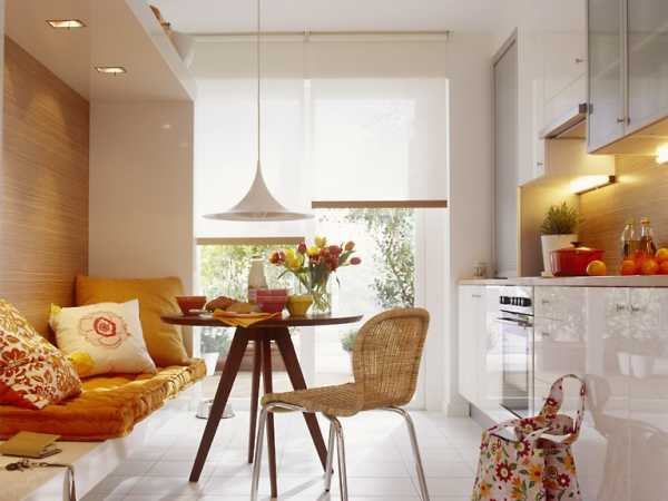 Кухня диваном в скандинавском стиле